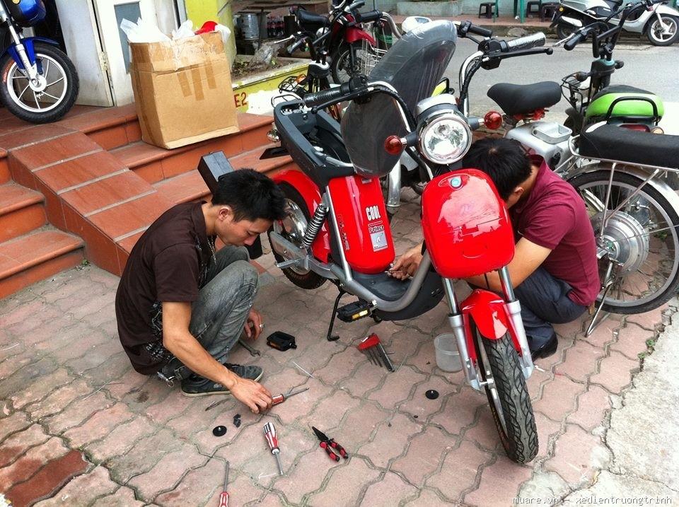 sửa chữa xe máy điện