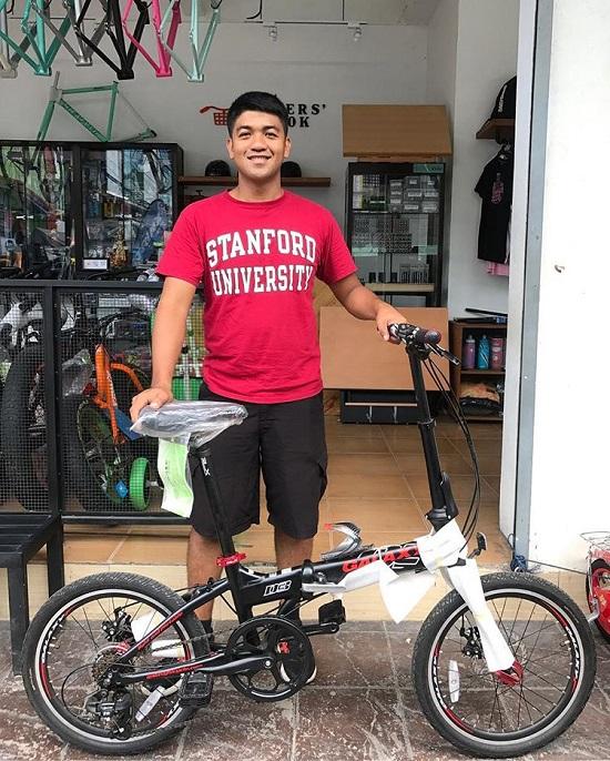 Xe đạp đi trong thành phố 2